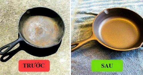 Chảo gang cháy: Ngâm chảo gang trong hỗn hợp gồm 1 phần dấm và 1 phần nước ấm 3 tiếng rồi chà sạch. Cho chảo vào lò ở nhiệt độ 250 độ C trong 1 tiếng thì lấy ra, bôi một lớp dầu ô liu hoặc dầu ăn khắp chảo và đặt úp chảo xuống cho vào lò thêm 15 phút nữa. Dùng khăn lau sạch và đặt chảo lại vào lò thêm 15 phút.