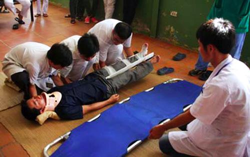 Sơ cứu chấn thương cột sống