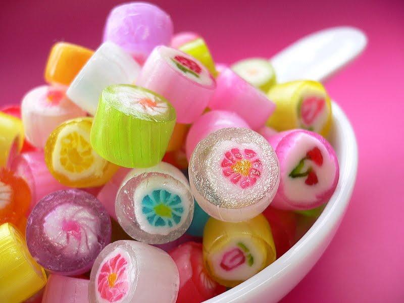 Người mắc bệnh tiểu đường nên tránh xa các loại bánh kẹo ngọt và chất béo