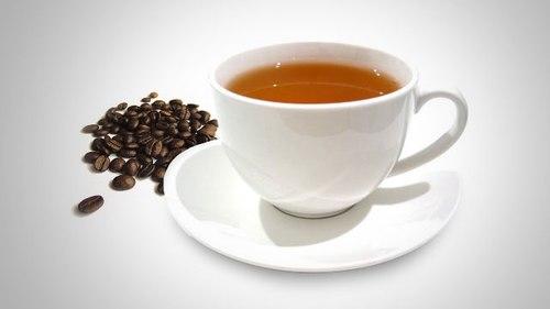 Trà xanh hay cà phê cũng giúp trị hôi miệng do mùi tỏi rất tốt