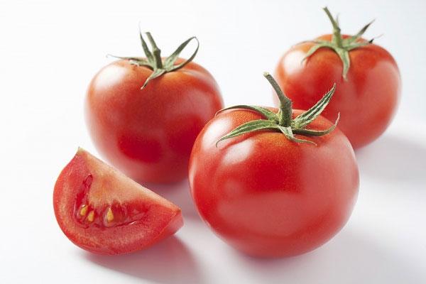 Không nên bảo quản cà chua trong tủ lạnh vì dễ mất chất dinh dưỡng