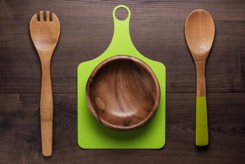 Diệt khuẩn cho các đồ gỗ bằng cách rửa nước sôi là mẹo vặt gia đình nên biết