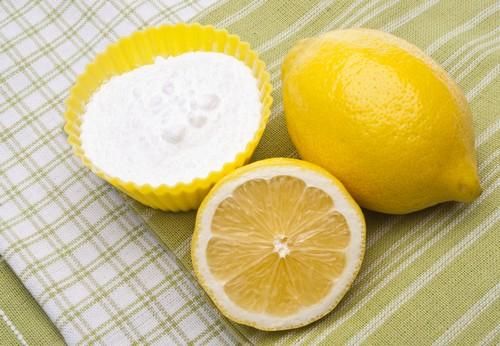 Kết hợp chanh với baking soda để tẩy trắng răng cực đơn giản