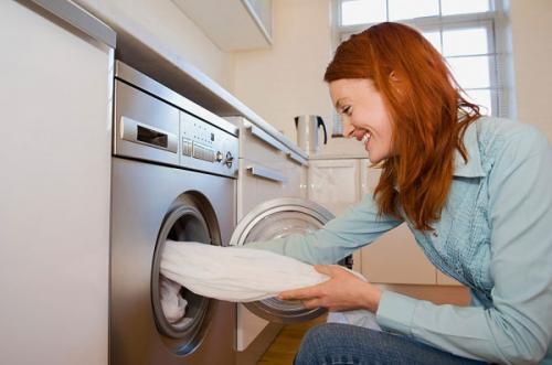 Vệ sinh máy giặt thường xuyên giúp kéo dài tuổi thọ cho máy