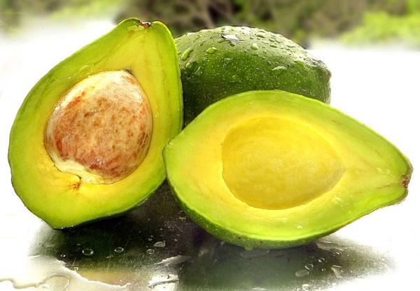 Mẹo giữ hoa quả tươi lâu sau khi gọt khá đơn giản và dễ thực hiện