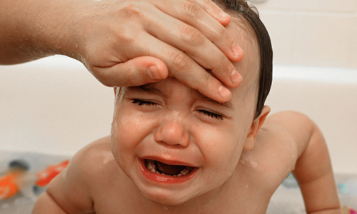 Sơ cứu sốt co giật ở trẻ