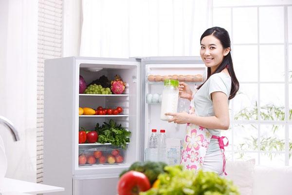 Bảo quản thức ăn ngày hè đúng cách sẽ giúp thức ăn được tươi lâu